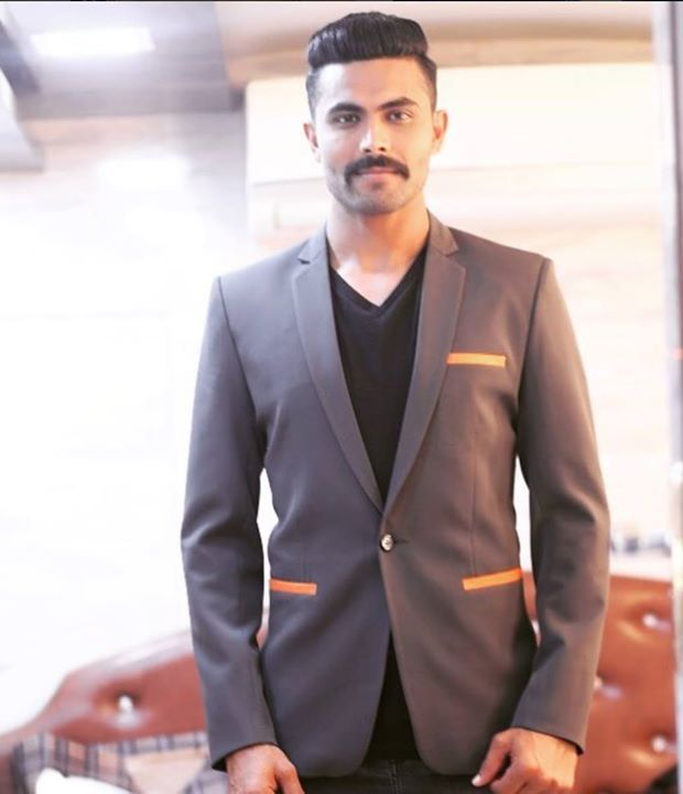 Ravindra Jadeja is his new look! - facebook.com/MyCricketTrolls