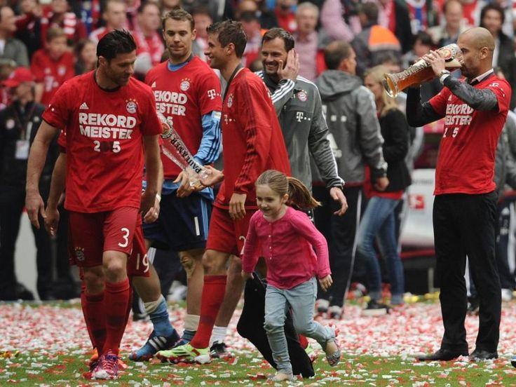 FOTOGRAFÍA DIARIO MARCA: Así celebró el Bayern el título de Liga 2.014-15