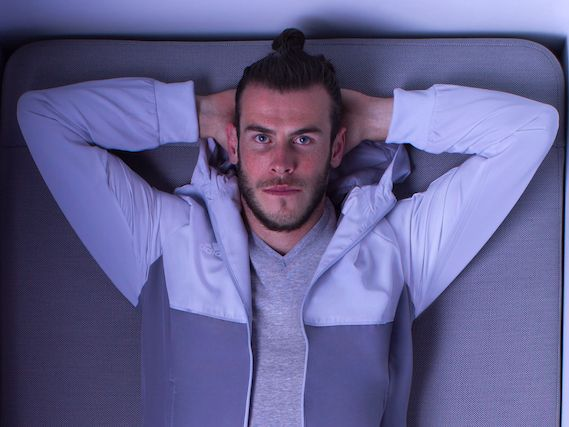 SIMBA, the mattress startup promoted by Gareth Bale, is promising investors 460% growth this year - LONDON — Online mattress startup SIMBA Sleep promised would-be investors sales growth of 460% in 2017, according to an investment deck seen by Business Insider.  SIMBA had net revenue of £9.1 million in 2016, according to the investor presentation created earlier this year, and expects the number to grow by 460% to £50.9 million in 2017.  Revenue is forecast to hit £178.6 million by 2019…