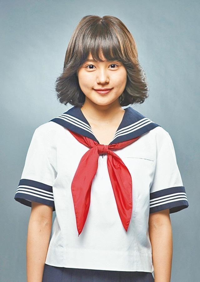 劇中有村架純梳個80年代聖子頭成為她的標記。 ▼14Jan2014蘋果日報(香港)|不是膠劇:《海女》雙姝 今年實力股 http://hk.apple.nextmedia.com/entertainment/art/20140114/18591118 #Kasumi_Arimura #Arimura_Kasumi