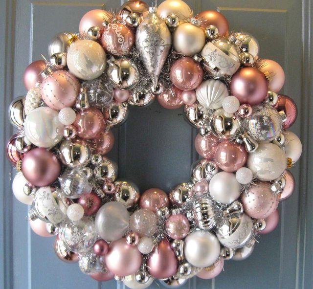 "Gratefully Gorjus: ""Ballin"" DIY Ornament Ball Wreath  |Christmas Ball Wreath"