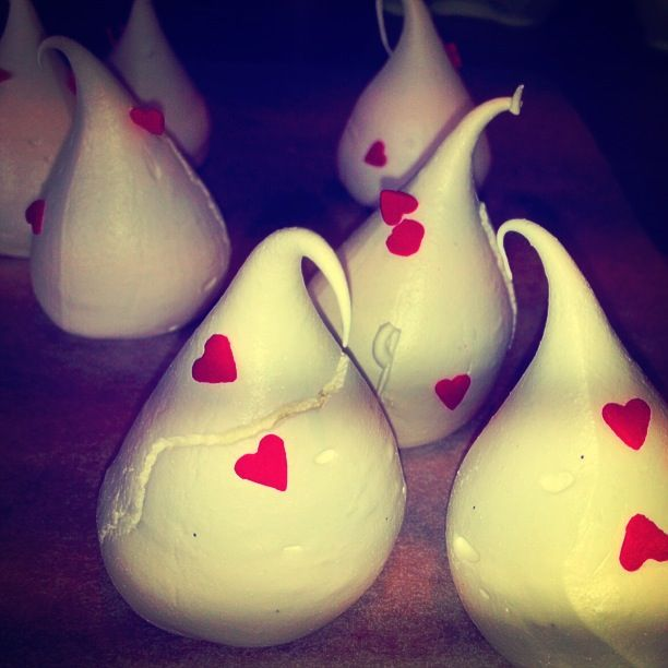 Made with Love Meringue Kiss