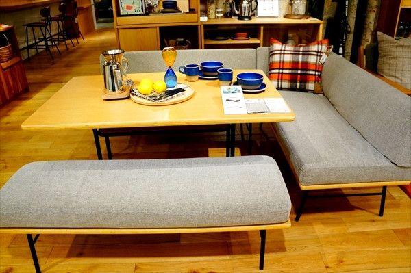 角丸ダイニングテーブル&ベンチ 北欧スタイルでお洒落に unicoのFUNEAT&SUK口コミ|快適なライフスタイル@生活にちょっぴりスパイスを