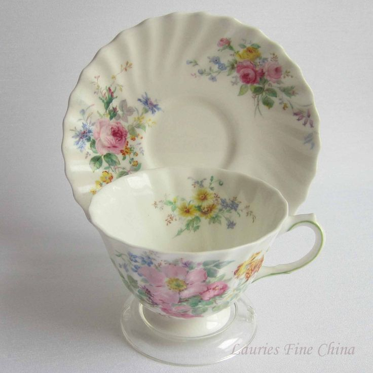 Free Shipping Royal Doulton ARCADIA Tea Cup and Saucer - Made in England by…
