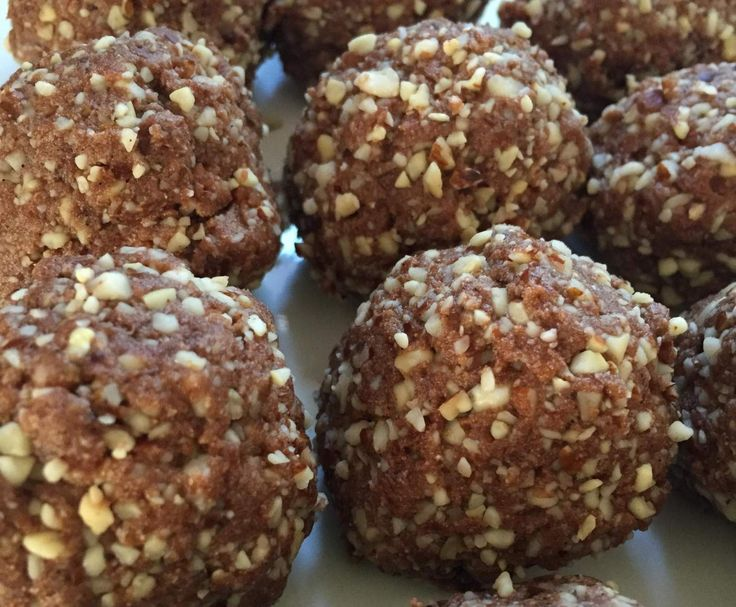 Recipe Daboose's Cashew, Almond and Date Protein Balls by Daboose - Recipe of category Baking - sweet
