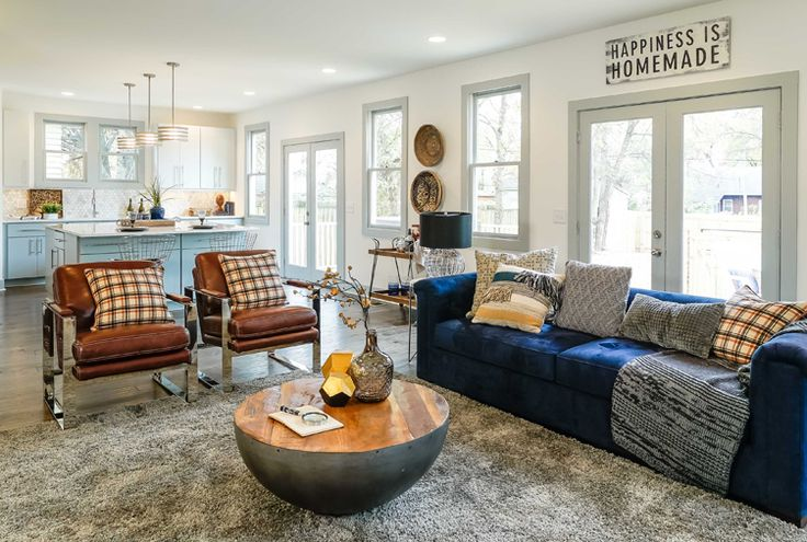 We're often in awe of how quickly Dave and Kortney Wilson can transform a fixer upper into a stunning space we'd all be quick to call our own. So watching the couple revamp not one, but two separate living spaces on a recent episode of Masters of Flip was especially inspiring. Between the beautiful blue hues and open-concept floor plan, this dreamy abode may just go down as one of our all-time favourites.