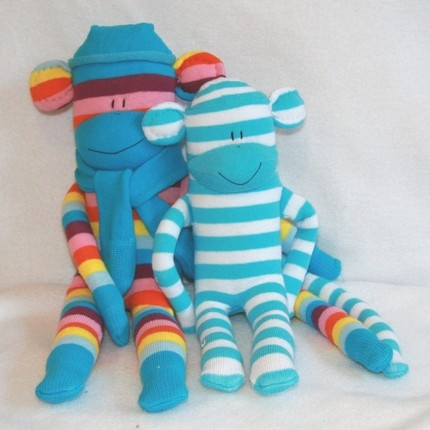 """Cutest handmade monkeys from """"Squiggly Monkeys"""" I need to figure out how to make these for Ivy."""