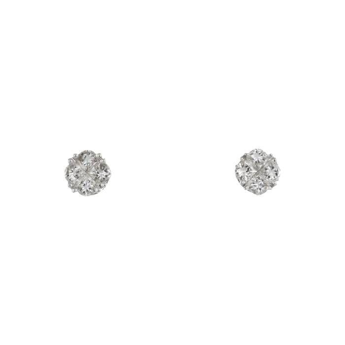 Paire de puces d'oreilles Vintage en or blanc et en diamants