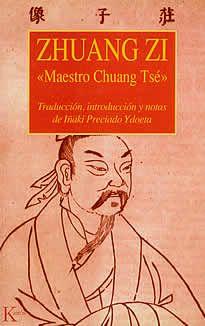 Zhuang Zi  de Maestro Chuang Tsé  editado por Kairós. Para Zhuang Zi, el bien sumo del ser humano es la armonía y la libertad, las cuales se alcanzan si uno sigue con espontaneidad la propia naturaleza. Central al pensamiento delZhuang-Zi es la doctrina de la no-acción(Wu-wei), es decir , del obrar desapegadamente. Es el meollo de la espontaniedad taoísta.
