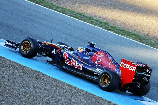 Toro Rosso STR10 - Renault
