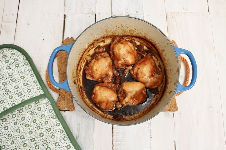 Malaysian one pot chicken. Perfect crock pot recipe for those on a budget!