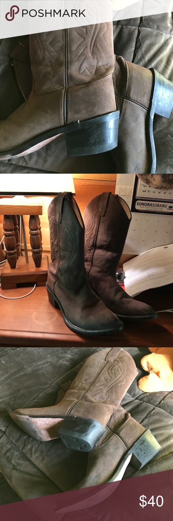 Old WeST boots 🤠🤠🤠🤠🤠🤠🤠🤠🤠🤠🤠🤠 Nice shape  work  boot 🚜🚜🚜🚜🚜🚜🚜🚜 Shoes Heeled Boots