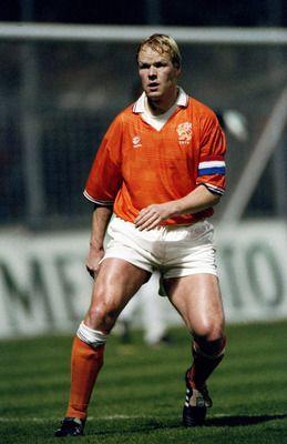 Ronald Koeman del Barcelona y la Selección de Holanda.