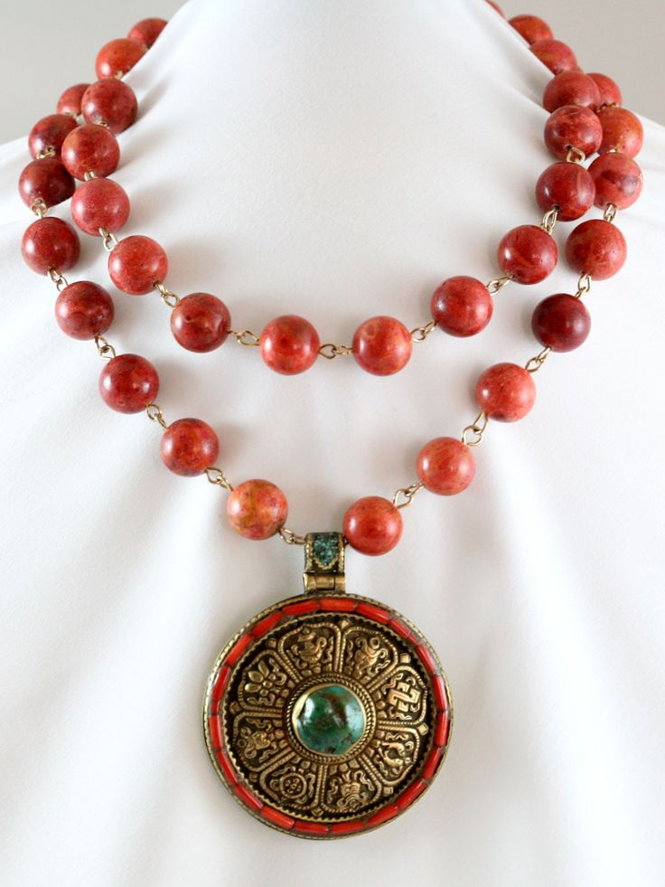 Allegra Fanjul necklace-- The young and the bold Palm Beacher's favorite accessory