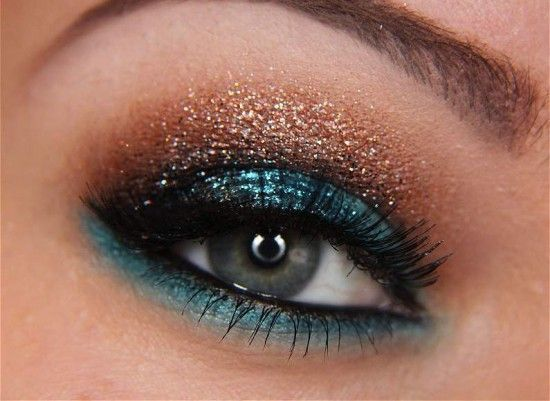 love this color combo but I can't pull off this exact look. Usually just use the bronze on the lid and line with the turquoise