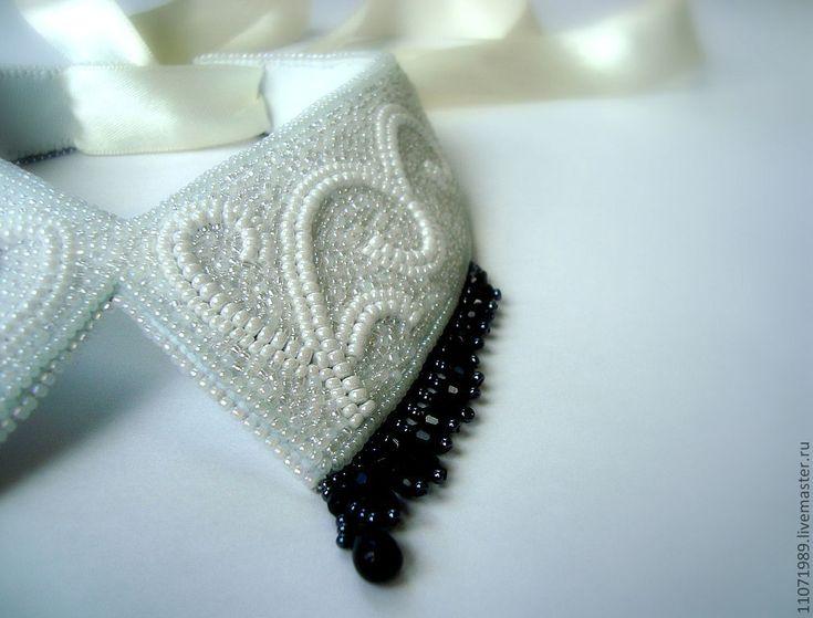 Купить Воротничок белый с черным хрусталем - чёрно-белый, белый воротничок, съемный воротничок