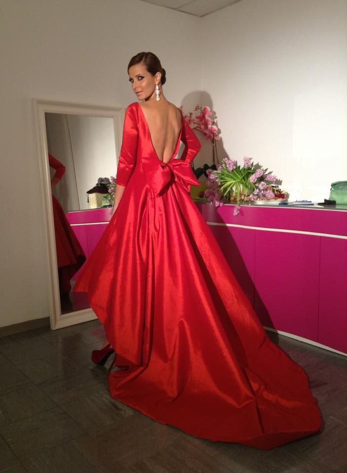 Micaela Oliveira #dress #red