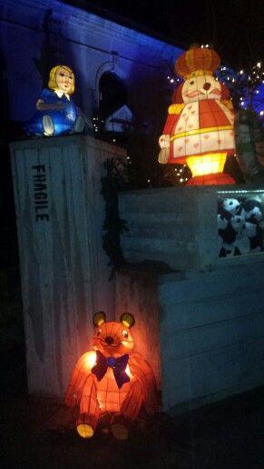 Lanternes de #Metz : Ours soldat poupée