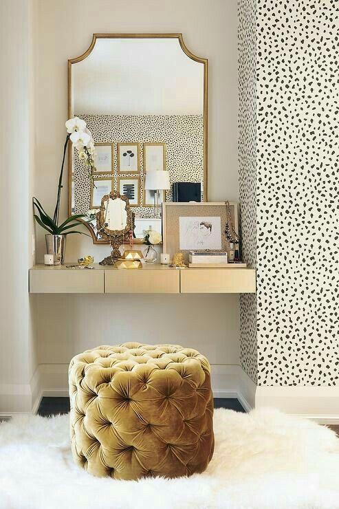 tufted velvet & patterned wallpaper