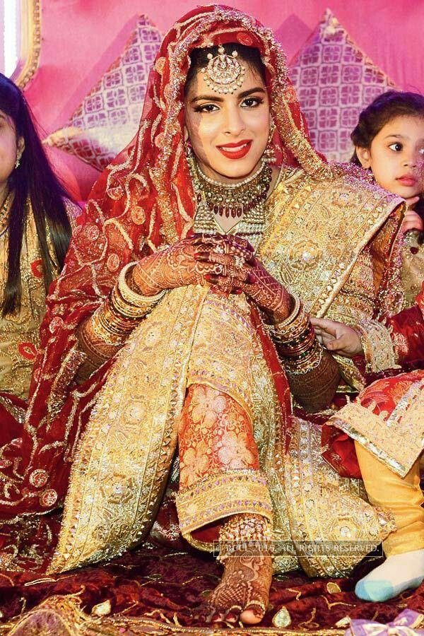 Royal khada dupatta
