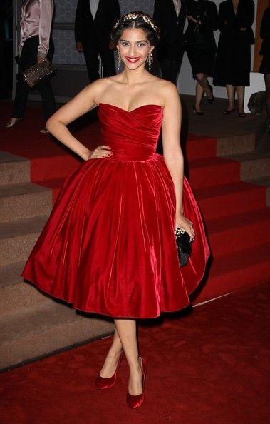 Sonam Kapoor at the Cannes Film Festival Closing Dinner Gala 2012