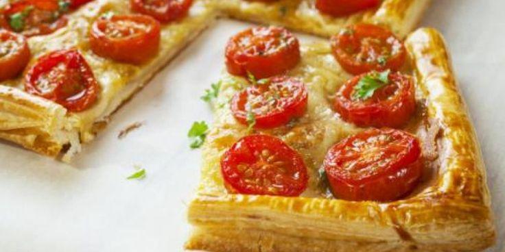 Ταρτα με τυριά και ντομάτα
