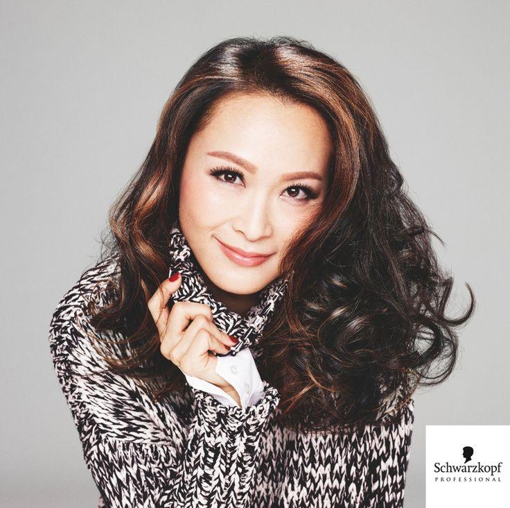 Essential Looks 2015:2 Age of Beauty kollekció   Hogyan ápold az érett hajat? www.szinezdujra.com