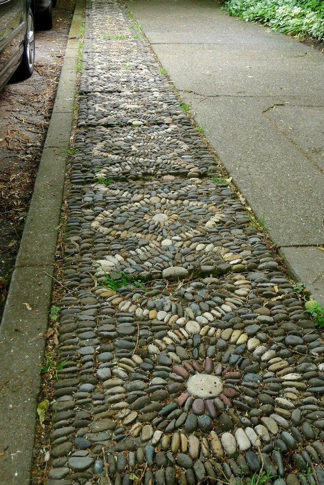 Jeffrey Bale pebble mosaic sidewalk border