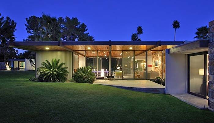 Donald Wexler mid-century modern Dinah Shore #PalmSprings home located in Old Las Palmas Neighborhood