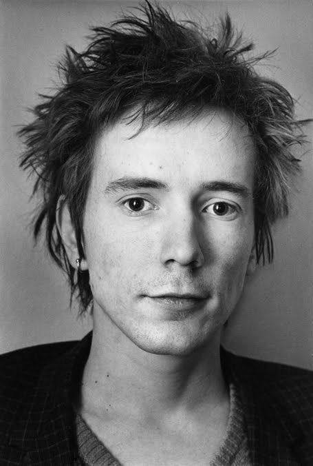 John Lydon photo - すそ洗い