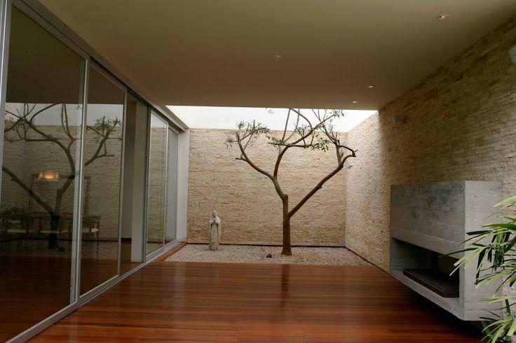 Patio interior en una vivienda de Souto de Moura