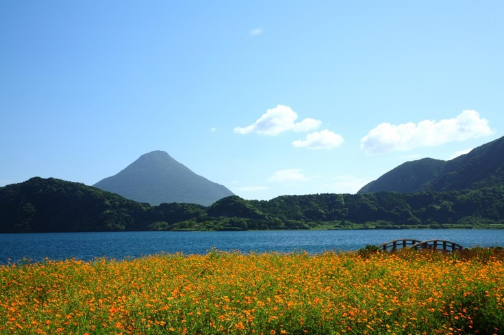 池田湖(夏)  Lake Ikeda in summer