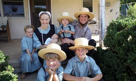 David and Miriam Lapp with children // just watched the doccie about this family and i love them! #AmishASecretLife