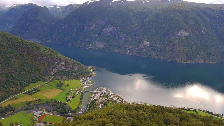 https://flic.kr/p/LomuSZ | Aurlandsfjorden & Aurland