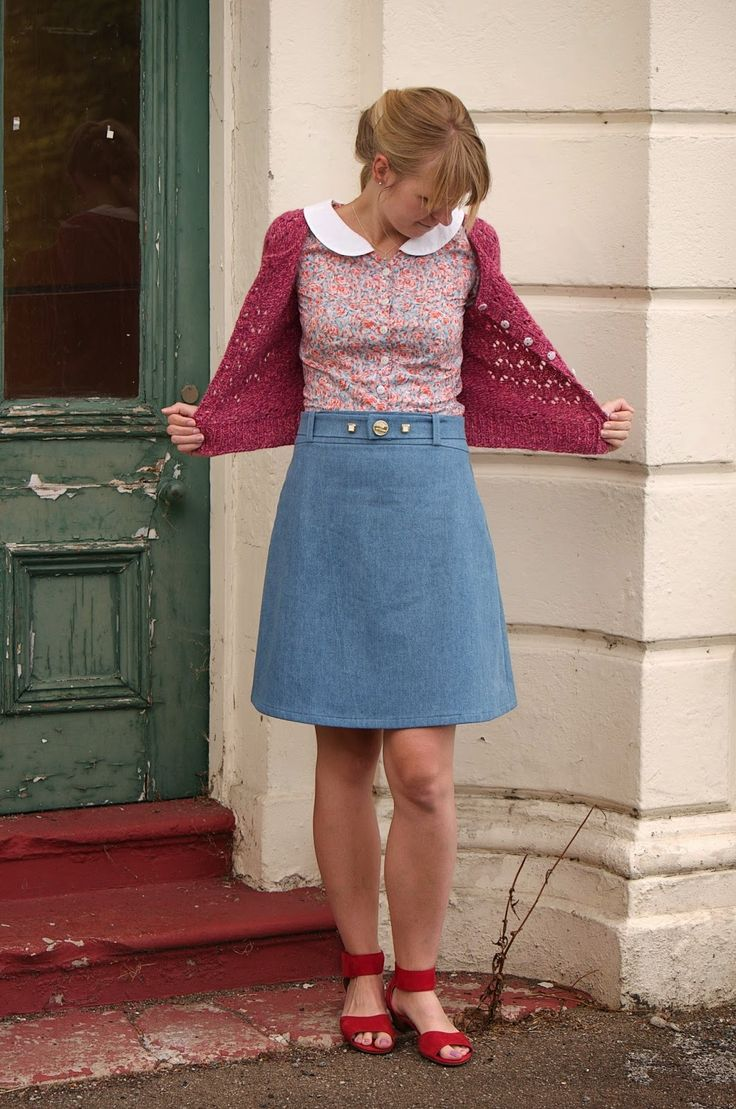 Ela's Delphine skirt with homemade button belt