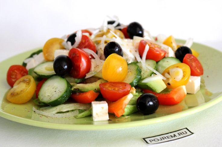 Овощной салат с сыром, овощей