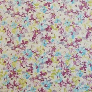 Pot Pourri Lavender 100% cotton 137cm 63cm Curtaining