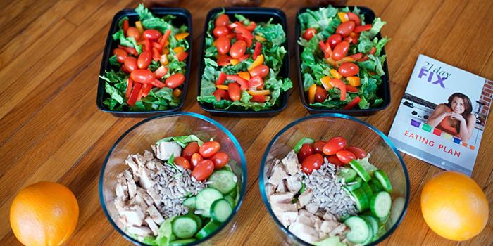 Use this meal prep menu and complete grocery list to create a week's worth of healthy meals. Designed especially for the 21 Day Fix 2,100-2,300 calorie level.