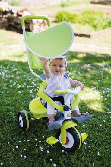 Detská trojkolka Baby Balade Vert je krásna trojkolka pre chlapcov aj dievčatá, ktorá je vhodná už od 10 mesiacov. Francúzsky výrobca Smoby dbá na najmodernejší a originálny dizajn svojich hračiek, ktorý sa odráža aj na trojkolke Baby Balade. Krásna zelená farba v kombinácii s bielou je naozaj neodolateľná.