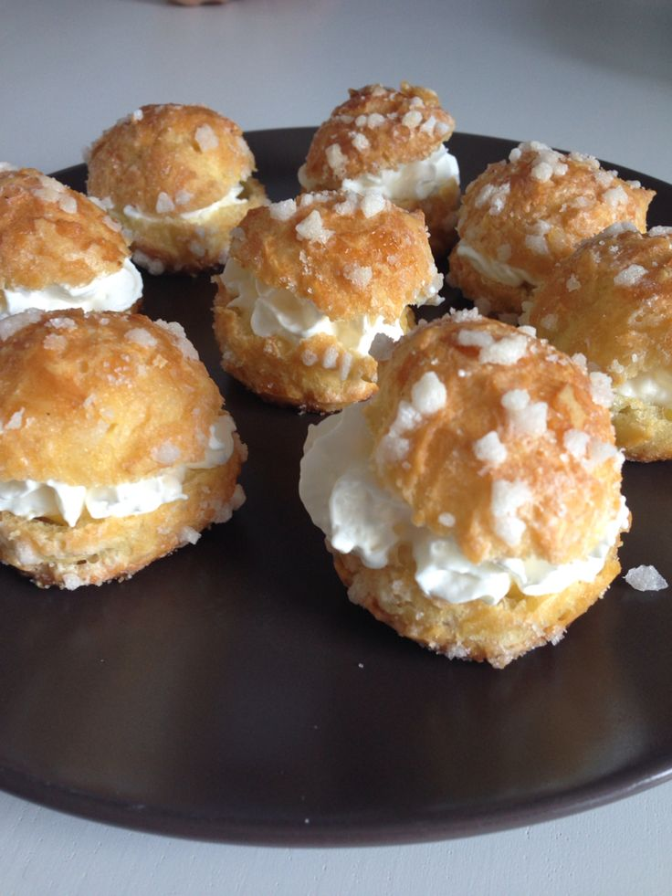 Chouquettes chantilly