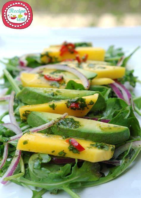 Insalata ananas e avocado - Ananas, mango and avocado salad