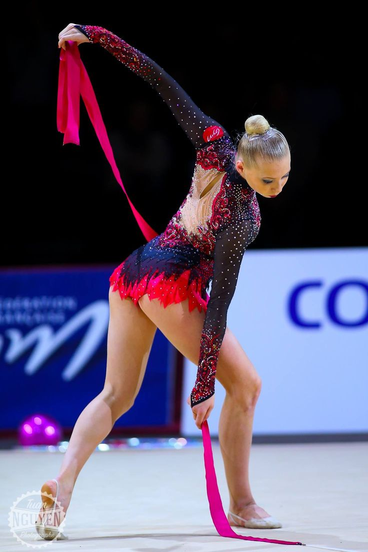 Kseniya MOUSTAFAEVA (FRA) Ribbon