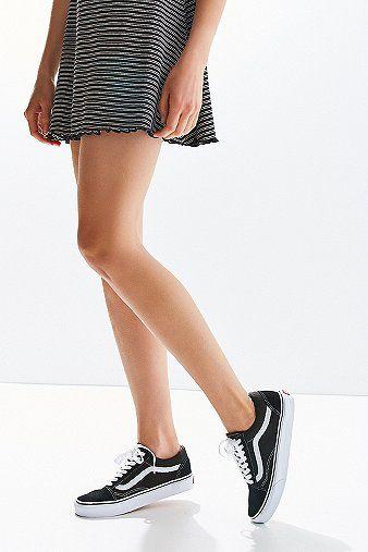 """cool Vans - Sneaker """"Old Skool"""" aus Wildleder in Schwarz - Damen 34 http://portal-deluxe.com/produkt/vans-sneaker-old-skool-aus-wildleder-in-schwarz-damen-34/  70.00"""