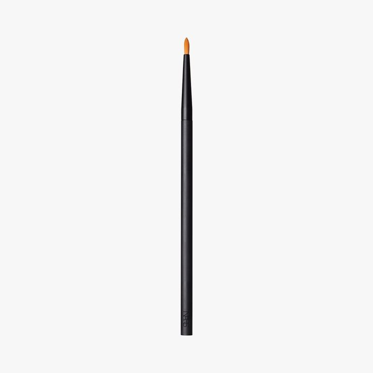 Precision Blending Brush 13, Pinceau Anti- cernes - NARS #LeBonMarche #Nars #cosmetiques #cosmetics #beauty #Beaute #skincare #makeup #maquillage