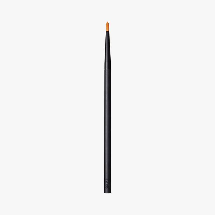 Precision Blending Brush 13, Pinceau Anti- cernes - NARS #LeBonMarche #Nars #cosmetiques #cosmetics #beauty #Beaute #skincare #makeup #maquillage