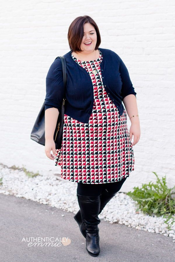 Houndstooth Love | Workwear Blogger Style | LLEGANCE.com | Plus size ...
