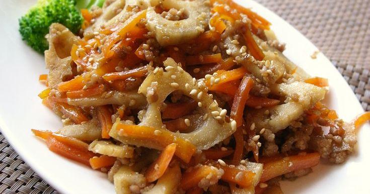 ★500レポ感謝★シャキシャキ食感の蓮根きんぴら!めんつゆで簡単味付け。豚ひき肉がよく絡み、濃い甘辛味はご飯が進みます。