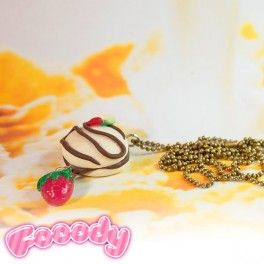 100% handmade necklace, Made in Italy, inspired by delicious Italian chocolate snacks. Find it on www.Delicute.com