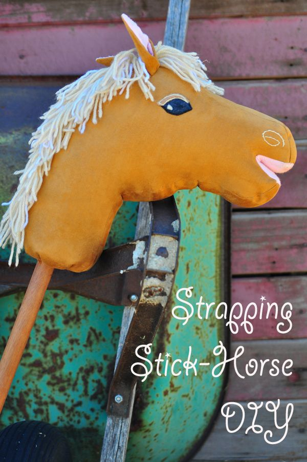 DIY hobby horse on a stick - SO well done, with pattern and clear instructions. I wanna make a unicorn!