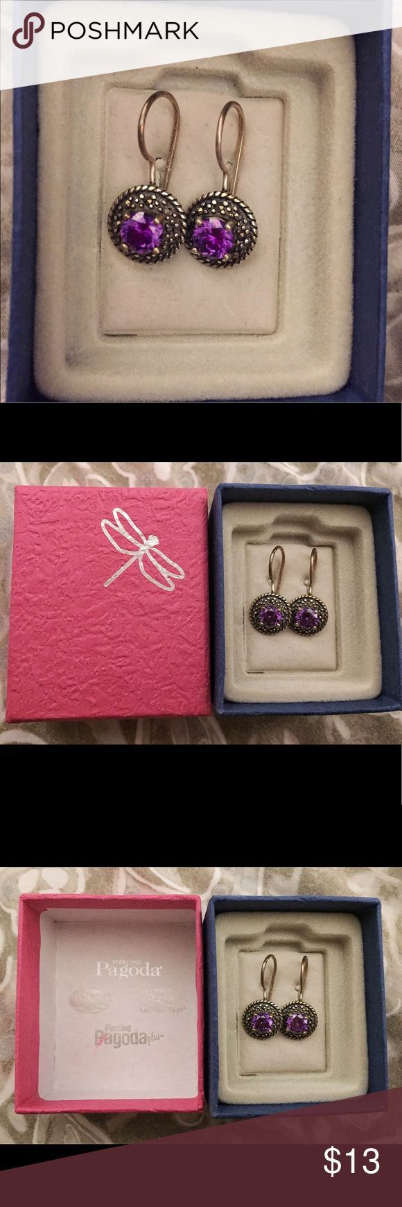 Vintage style purple cz earrings Brand new, never worn gorgeous color purple. These earrings have no backings so you never have to worry about losing them. Just squeeze the clasp and rest it under the hook! Piercing Pagoda Jewelry Earrings